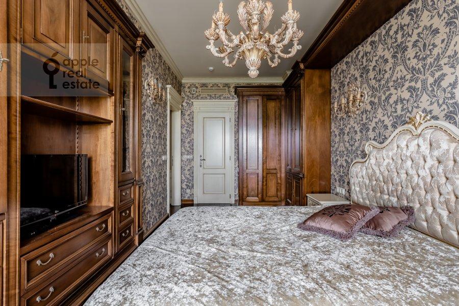 Спальня в 4-комнатной квартире по адресу Мичуринский пр-т 6к3