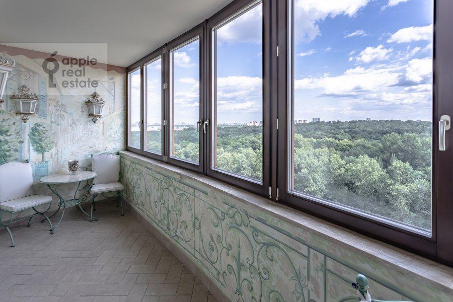 Балкон / Терраса / Лоджия в 4-комнатной квартире по адресу Мичуринский пр-т 6к3