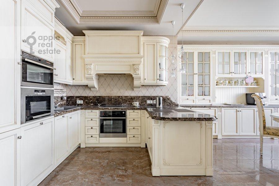 Кухня в 4-комнатной квартире по адресу Мичуринский пр-т 6к3