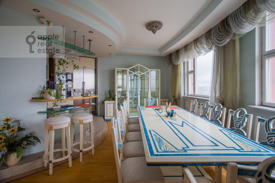 Кухня в 6-комнатной квартире по адресу Мичуринский пр-кт 29