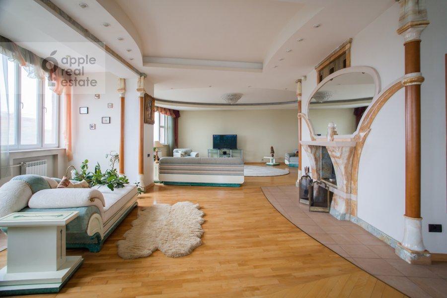Гостиная в 6-комнатной квартире по адресу Мичуринский пр-кт 29