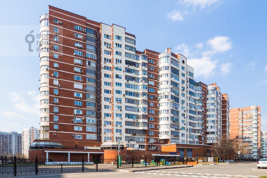 Фото дома 4-комнатной квартиры по адресу Архитектора Власова ул. 20