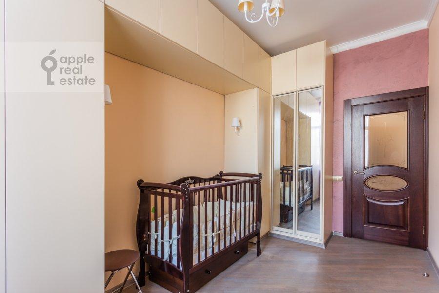 Children's room / Cabinet of the 3-room apartment at Novoslobodskaya ul. 71