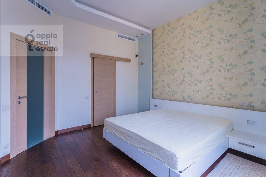 Спальня в 4-комнатной квартире по адресу Малая Полянка 2