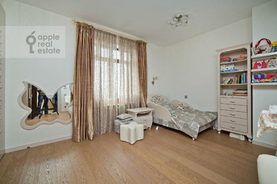 Детская комната / Кабинет в 4-комнатной квартире по адресу переулок Капранова 4