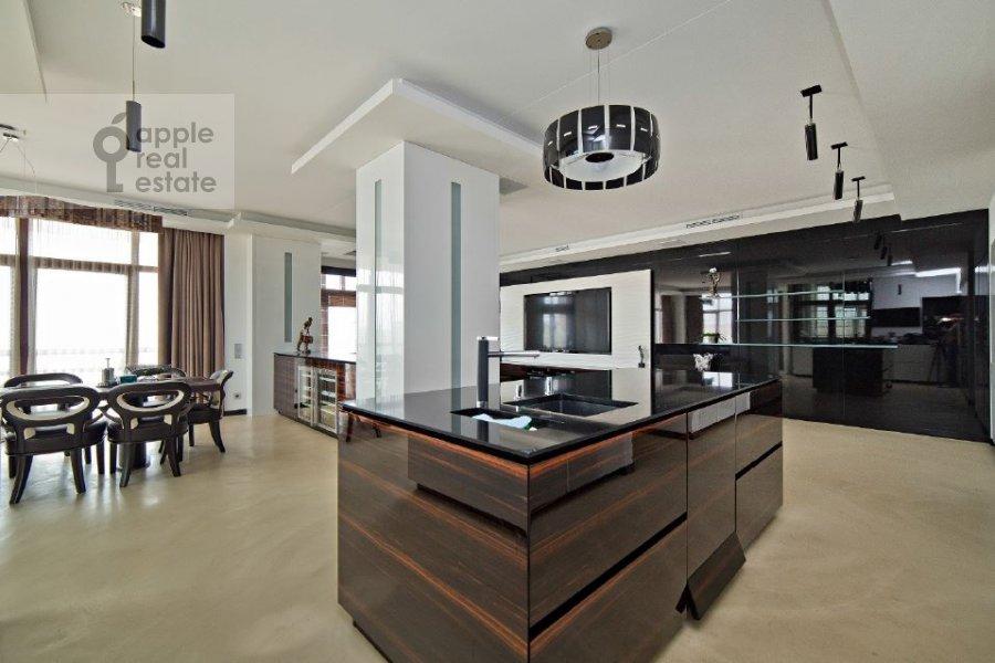 Кухня в 4-комнатной квартире по адресу переулок Капранова 4