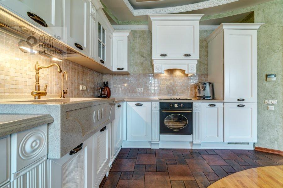 Kitchen of the 3-room apartment at Slesarnyy per. 3