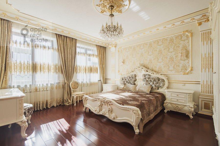 Спальня в 4-комнатной квартире по адресу Мичуринский пр-т. 6к2