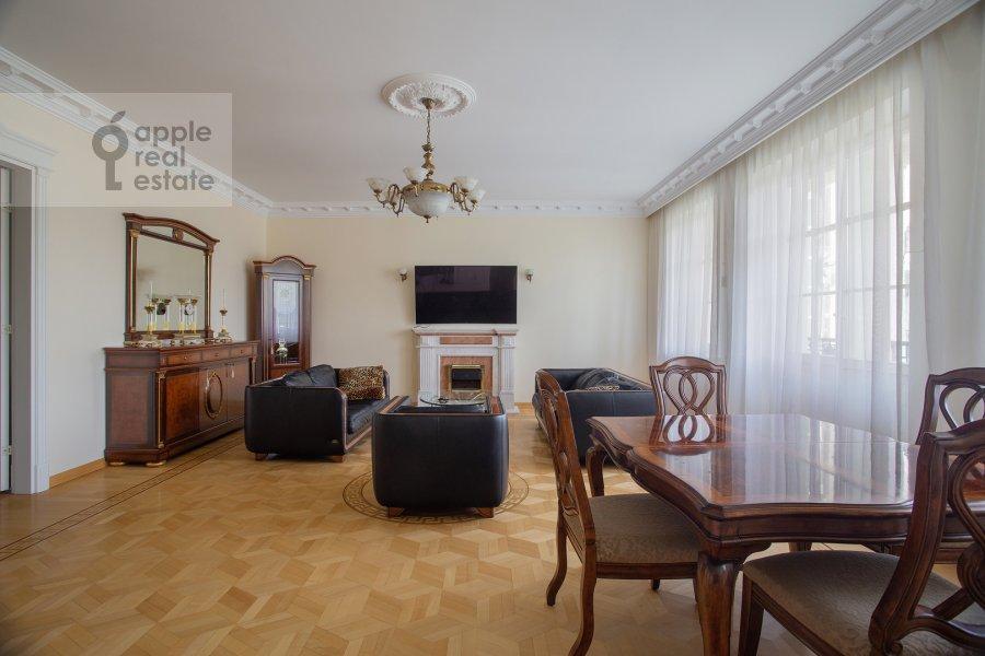 Living room of the 3-room apartment at Beregovaya ul. 8k1