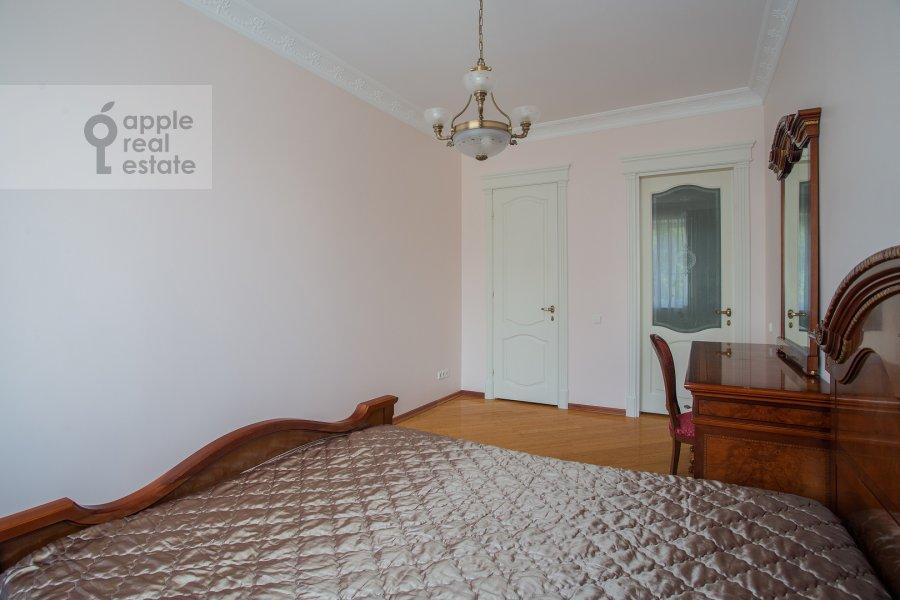 Bedroom of the 3-room apartment at Beregovaya ul. 8k1