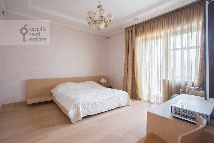 Bedroom of the 4-room apartment at Bol'shoy Golovin pereulok 2