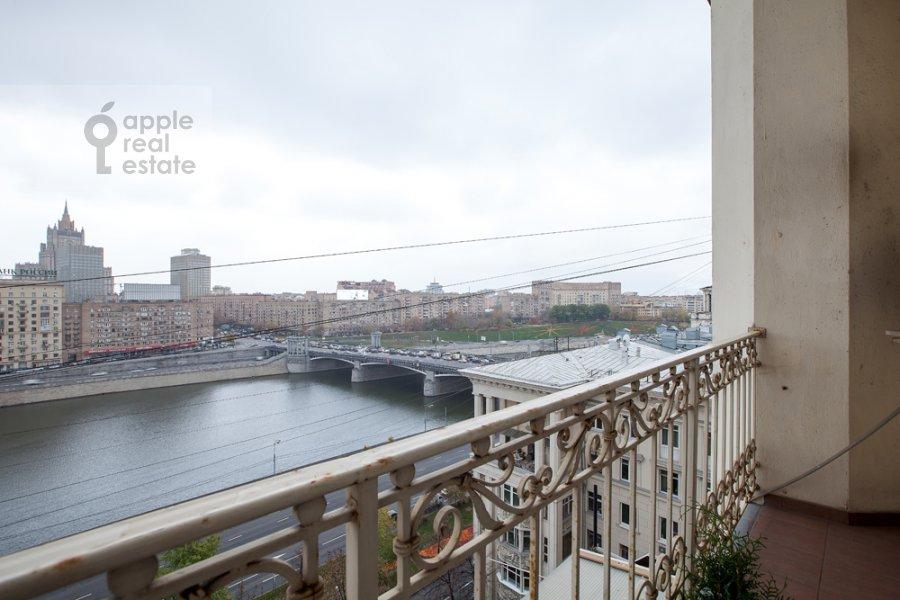 Балкон / Терраса / Лоджия в 4-комнатной квартире по адресу набережная Тараса Шевченко 1