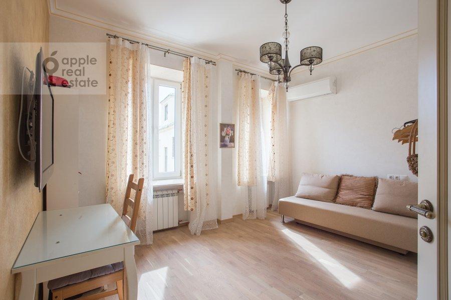 Children's room / Cabinet of the 5-room apartment at Tverskaya ulitsa 27s1