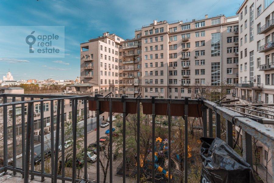 Balcony / Terrace / Loggia of the studio apartment at Serafimovicha ul. 2