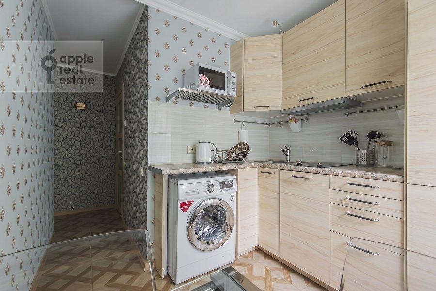 Кухня в 2-комнатной квартире по адресу Академика Варги 2