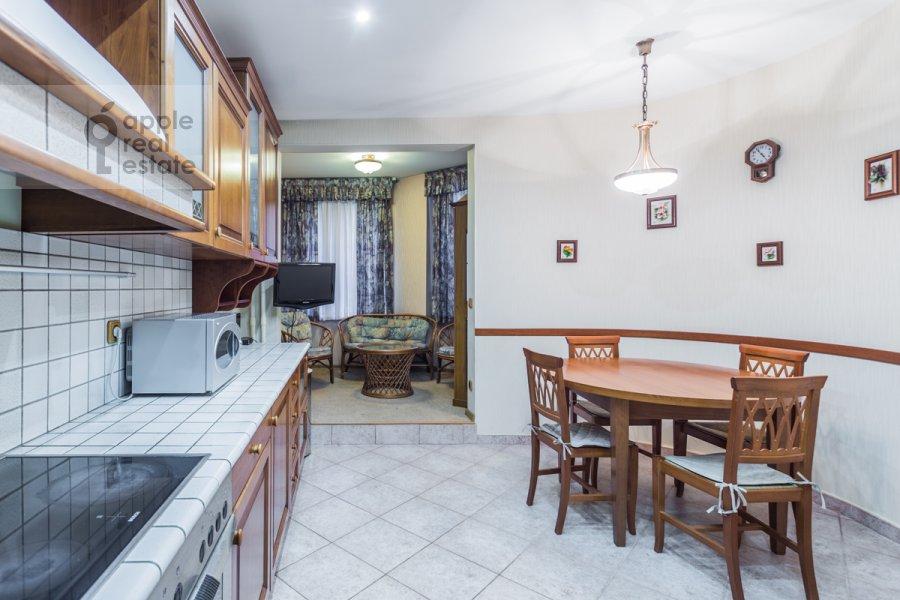 Kitchen of the 3-room apartment at Molodogvardeyskaya ulitsa 4k1