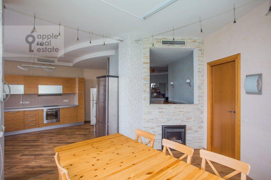 Kitchen of the 4-room apartment at Aviatsionnaya ulitsa 79V