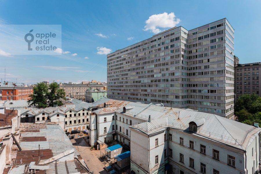 Вид из окна в 3-комнатной квартире по адресу Тверская улица 4