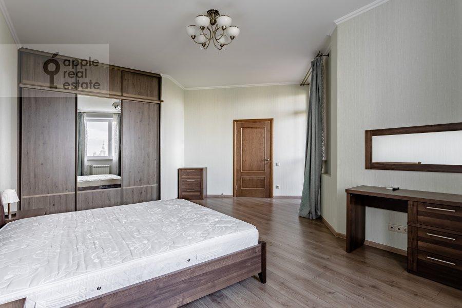 Спальня в 4-комнатной квартире по адресу Удальцова 69