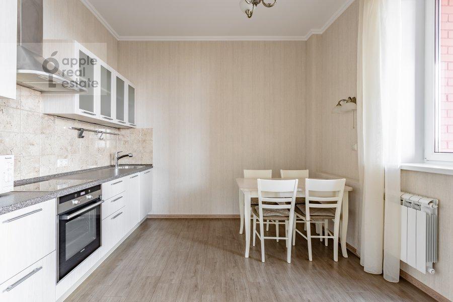 Кухня в 4-комнатной квартире по адресу Удальцова 69