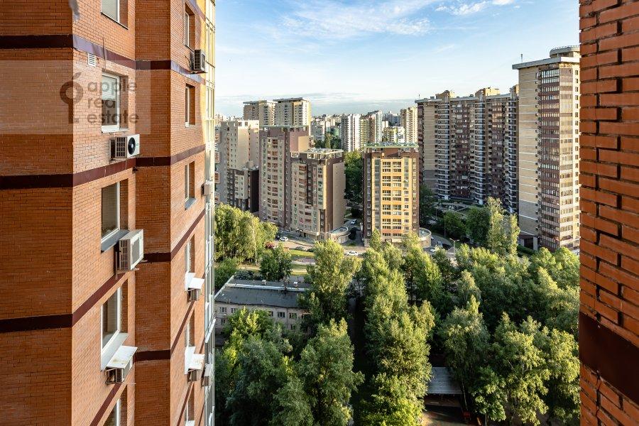 Вид из окна в 4-комнатной квартире по адресу Удальцова 69