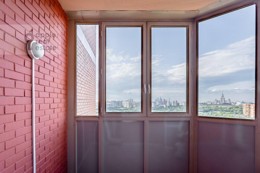 Балкон / Терраса / Лоджия в 4-комнатной квартире по адресу Удальцова 69