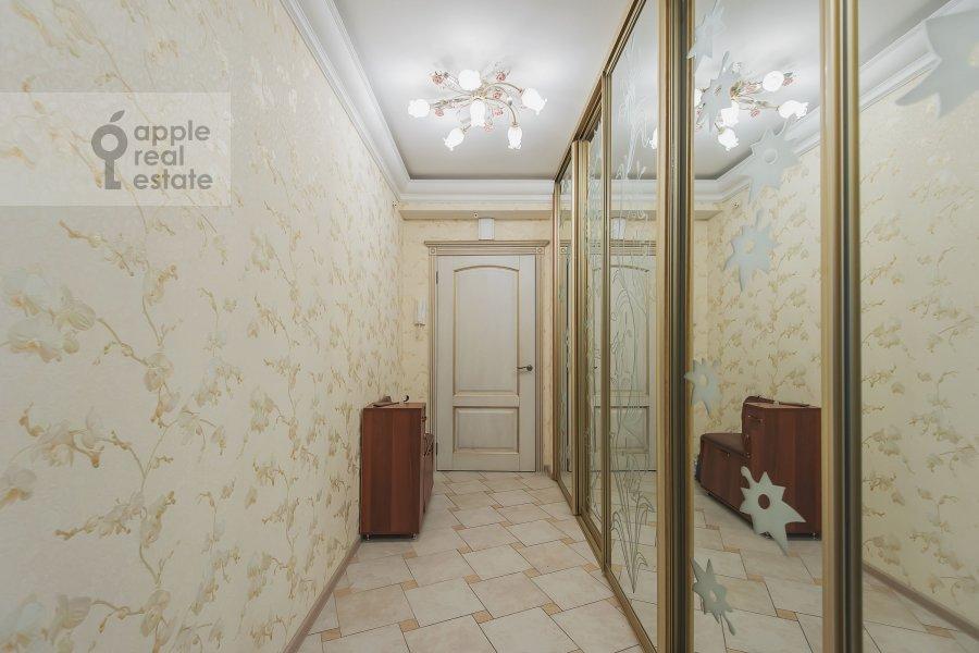 Corridor of the 3-room apartment at Khoroshevskoe shosse 12s1