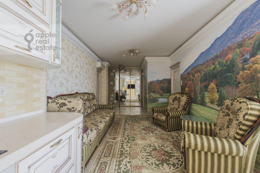 Living room of the 3-room apartment at Khoroshevskoe shosse 12s1