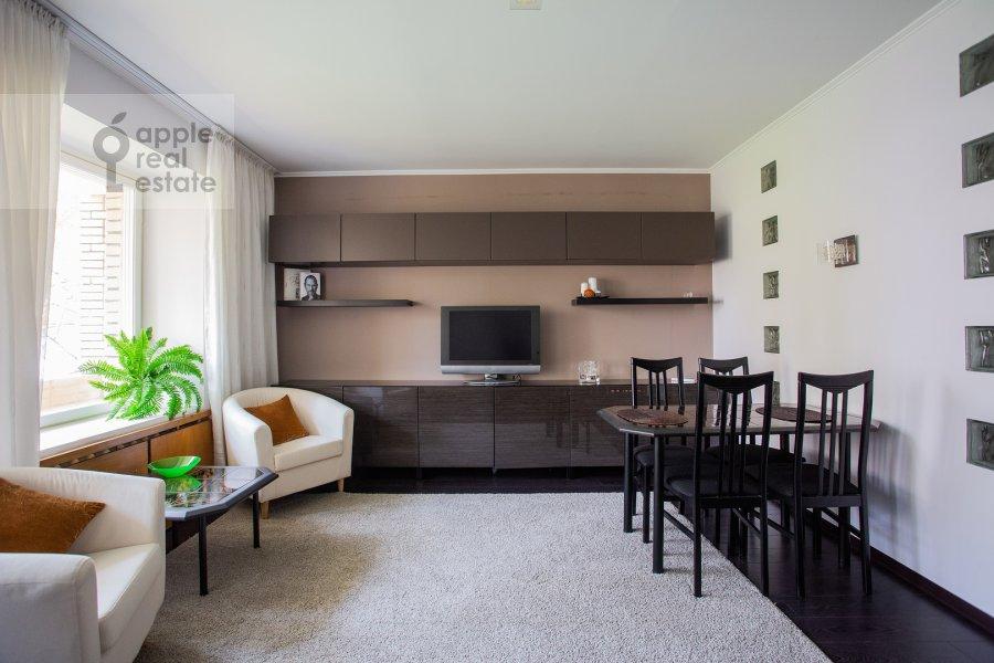 Living room of the 3-room apartment at naberezhnaya Tarasa Shevchenko 3s3