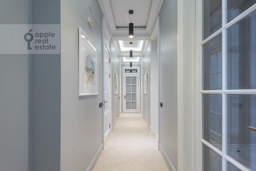 Corridor of the 3-room apartment at Dmitrovskiy pereulok 7