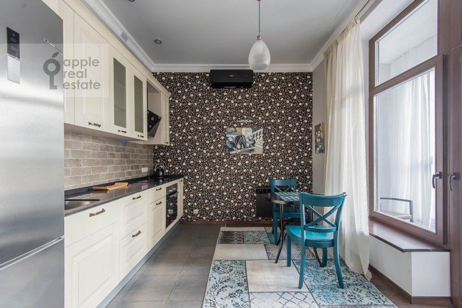 Кухня в квартире-студии по адресу 2-я Черногрязская улица 6к3