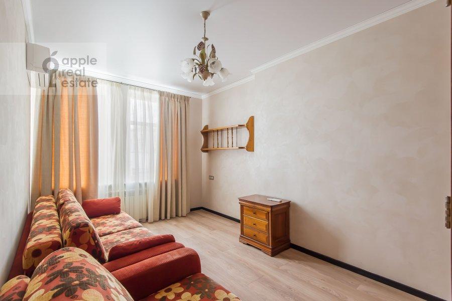 Детская комната / Кабинет в 4-комнатной квартире по адресу Малая Дмитровка 4