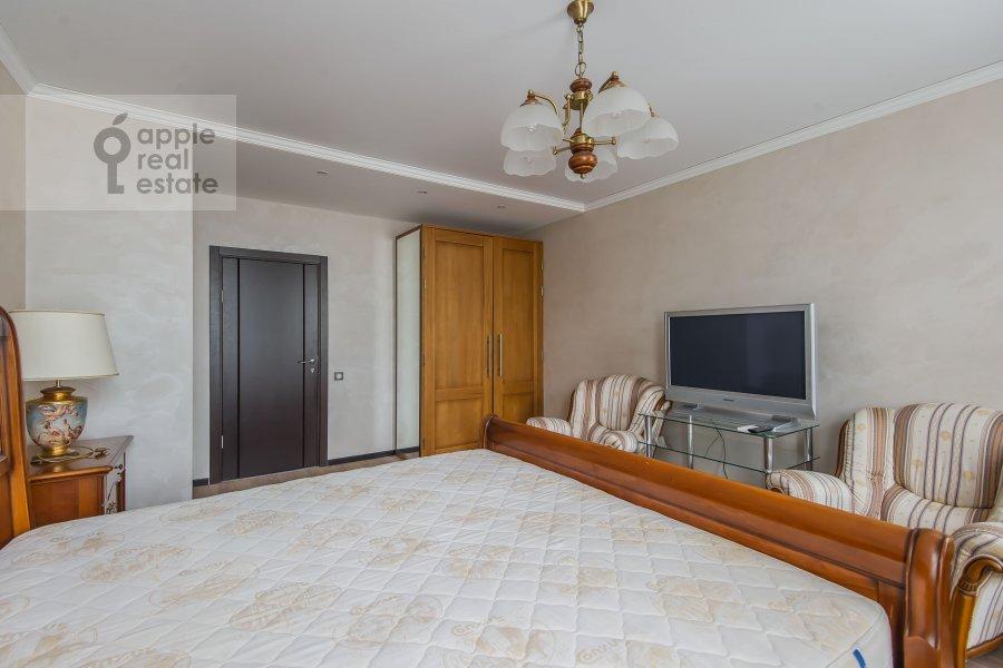 Спальня в 4-комнатной квартире по адресу Малая Дмитровка 4