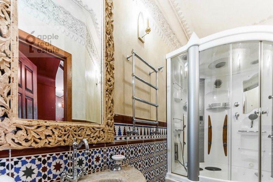 4-комнатная квартира по адресу Островитянова ул. 4