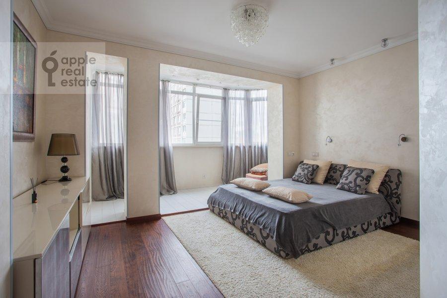 Спальня в 4-комнатной квартире по адресу Филевский бульвар 24к3