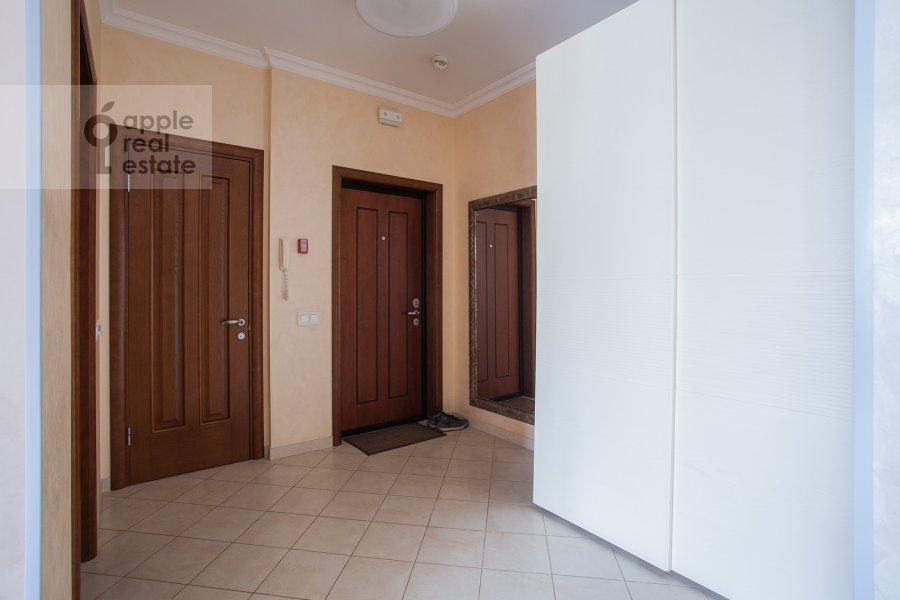 Коридор в 4-комнатной квартире по адресу Филевский бульвар 24к3
