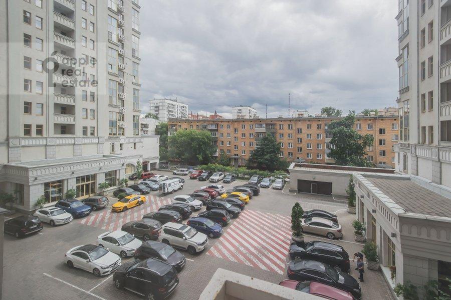 Вид из окна в 4-комнатной квартире по адресу Маршала Соколовского 5