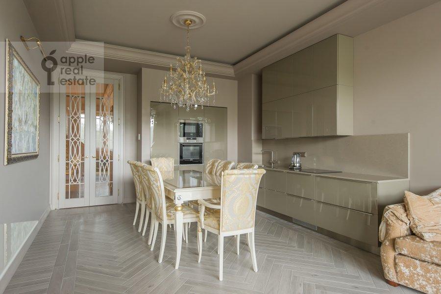 Кухня в 3-комнатной квартире по адресу Мичуринский пр-т. 6к3