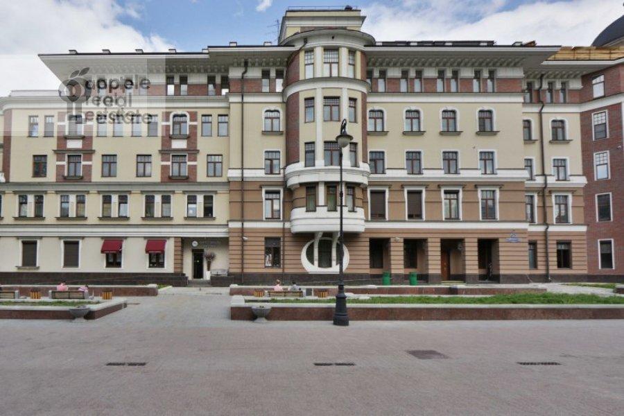 Фото дома 5-комнатной квартиры по адресу Лаврушинский пер. 11к1