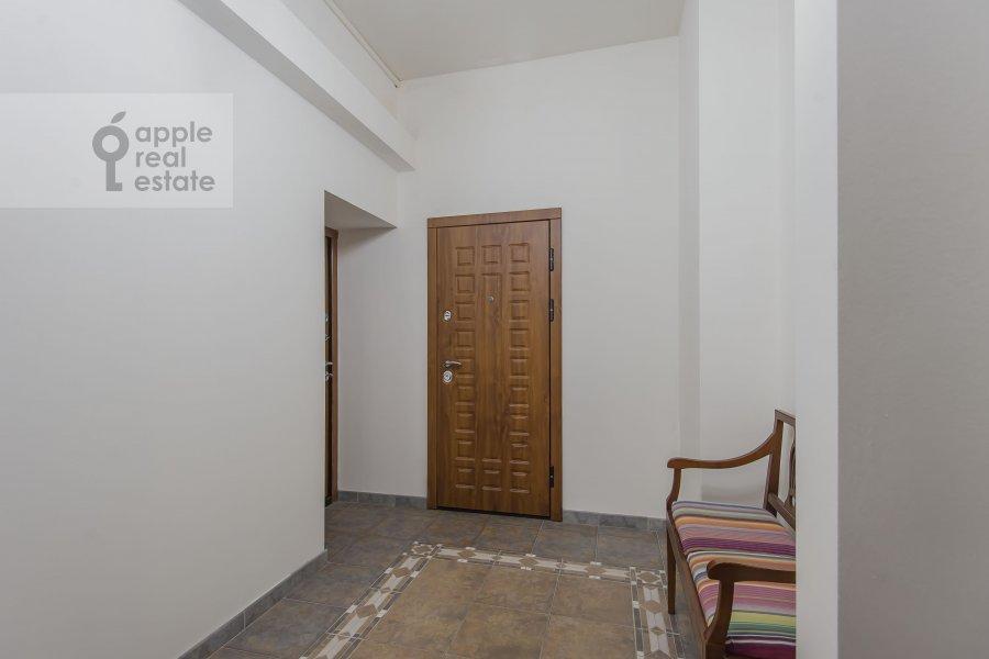 Коридор в 3-комнатной квартире по адресу Щепкина 25/20