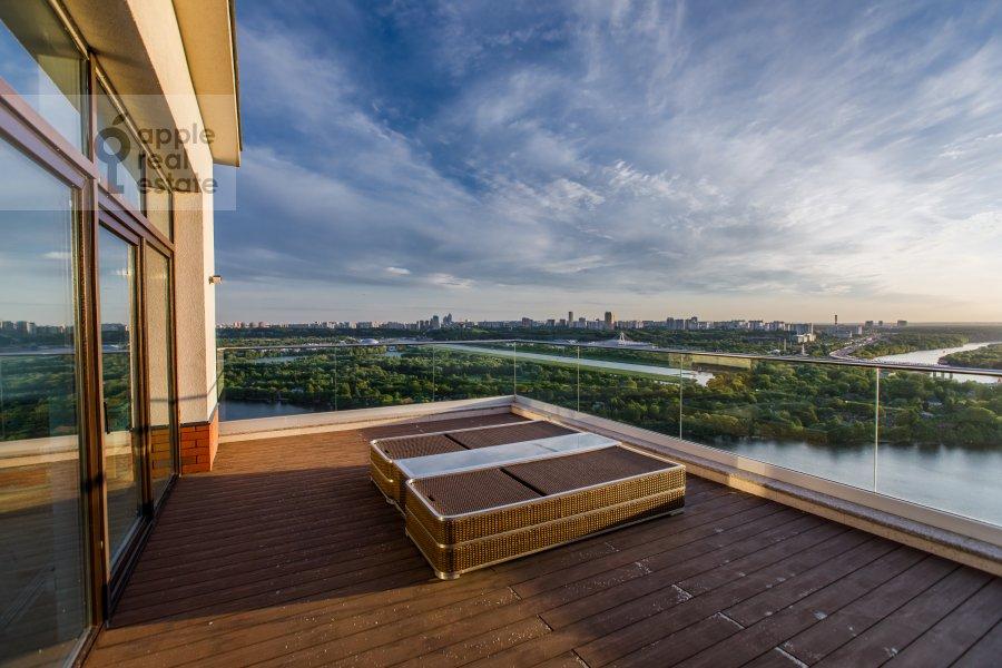 Balcony / Terrace / Loggia of the 6-room apartment at Karamyshevskaya nab. 62k1