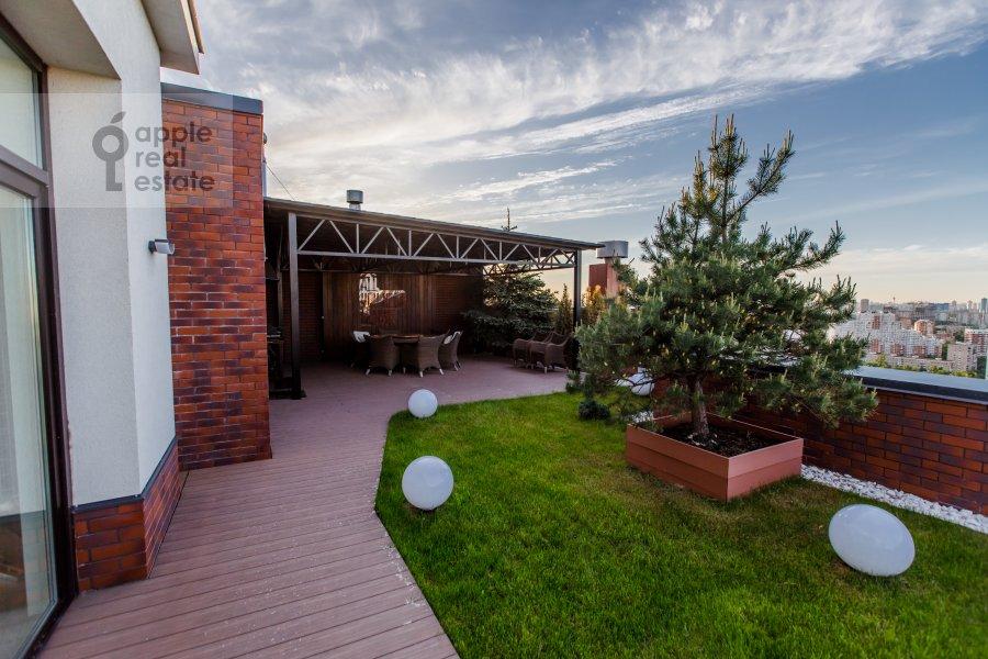 Photo of the house of the 6-room apartment at Karamyshevskaya nab. 62k1