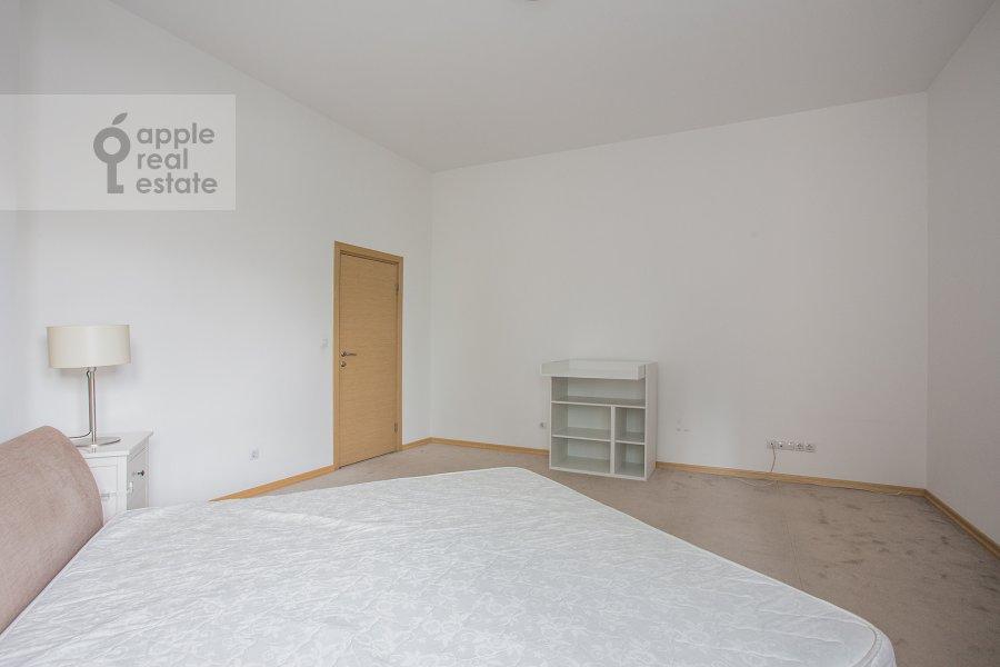 Bedroom of the 4-room apartment at Tsvetnoy bul'var 16\1