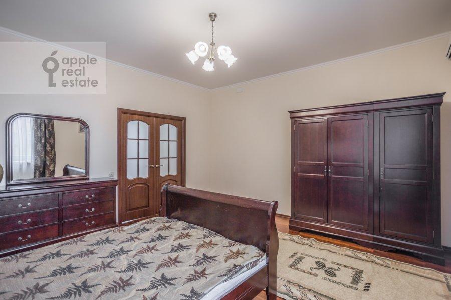 Bedroom of the 2-room apartment at Garibal'di 3