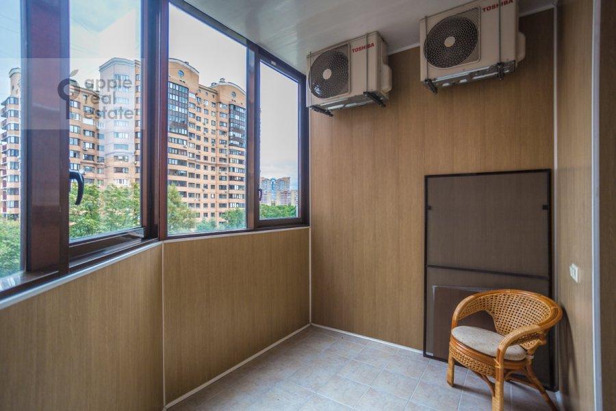 Balcony / Terrace / Loggia of the 2-room apartment at Garibal'di 3