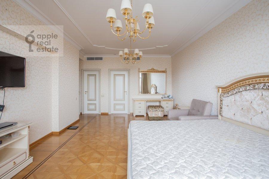 Спальня в 5-комнатной квартире по адресу Чапаевский переулок 3