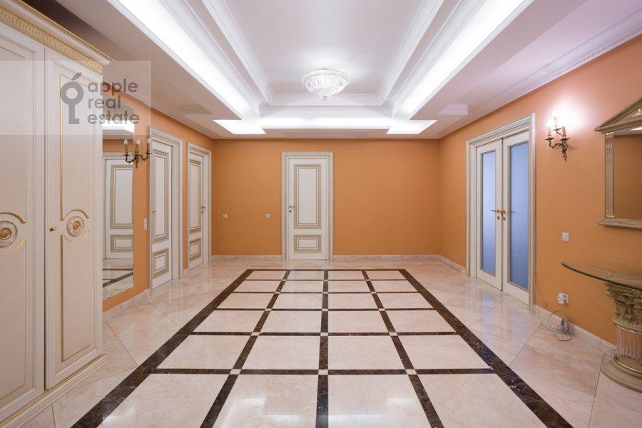 Коридор в 5-комнатной квартире по адресу Чапаевский переулок 3