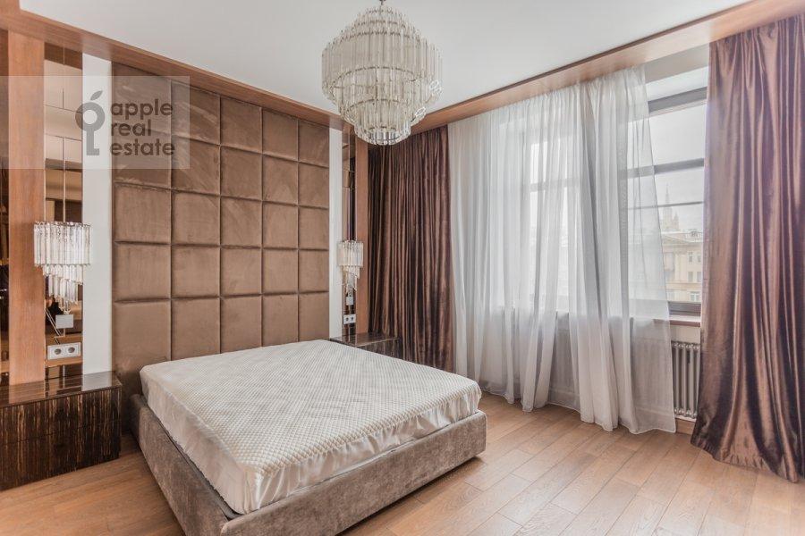 Bedroom of the 3-room apartment at Novinskiy bul'var 7