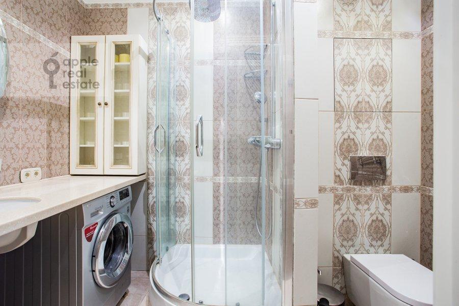 Bathroom of the 2-room apartment at Presnenskiy Val 14k4