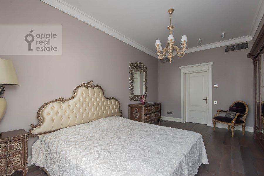 Спальня в 5-комнатной квартире по адресу Малый Новопесковский переулок 8
